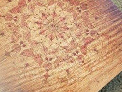 מפה PVC דגם מנדלה רקע עץ