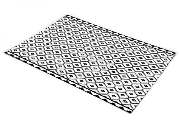 שטיח פי וי סי לסלון דגם סרוג